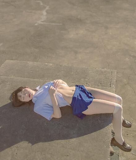 日系jk少女裙底风光福利写真